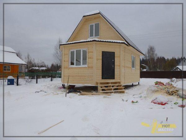 Дом с мансардой 42 м2